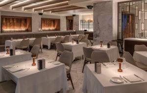 NEOZ kabellose Leuchte COOEE 2c - Location Amar Limassol Restaurant Locatelli