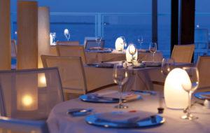 NEOZ kabellose Leuchte EGG - Location Restaurant