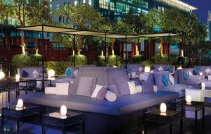 NEOZ kabellose Leuchte EGG - Location Financial Centre Dubai