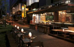NEOZ kabellose Leuchte EGG fritted - Location Tapas Shangri la Knowloon