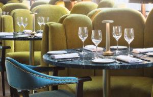 NEOZ kabellose Leuchte Poppy - Location Cafe Riggs