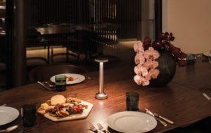 NEOZ kabellose Leuchte Poppy - Location Dining Room