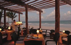 NEOZ kabellose Leuchte Ritz - Location Maroma El Sol Restaurant