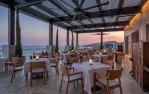 NEOZ kabellose Leuchte Wood - Location Restaurant Locatelli Amara Limassol